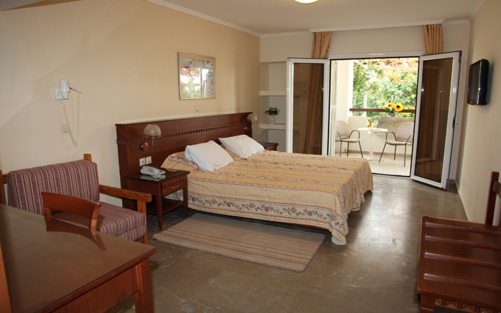 Double Room for Persons with Special Needs